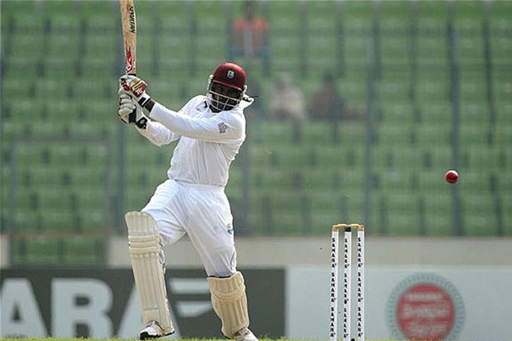 Six On The First Ball In A Test Match - Chris gayle
