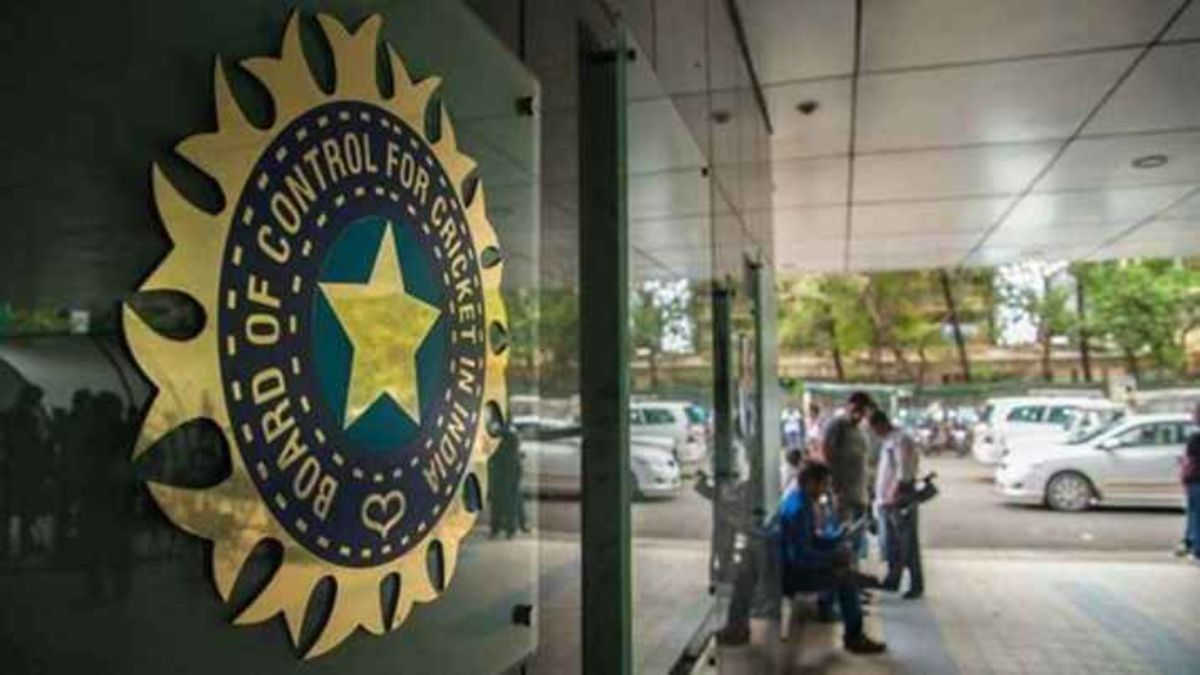 BCCI Medical Team Members Tests Positive For COVID-19 In UAE