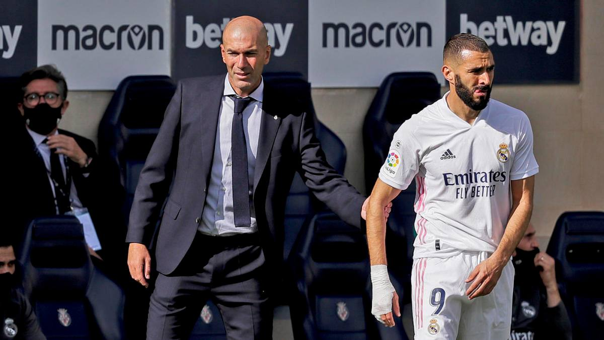 Former French Superstar Footballer Zinedine Zidane Says Karim Benzema Is The Best French Striker Ever To Play This Game