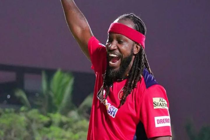 Most Sixes in IPL By Chris Gayle